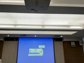 150寸会议室投影安装效果图